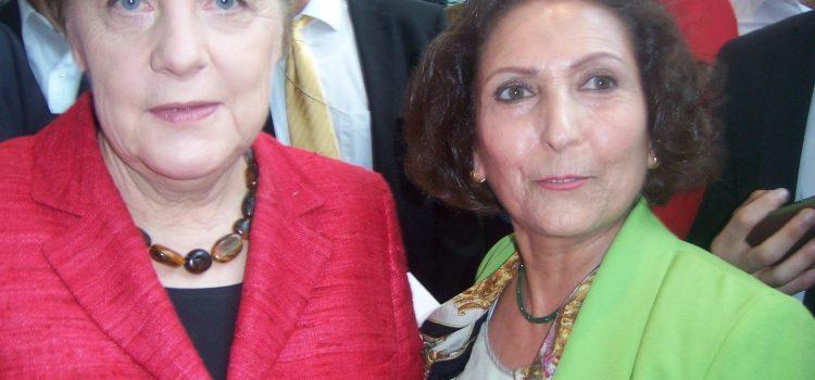 Bundeskanzlerin Angela Merkel bedankt sich bei allen ehrenamtlichen Flüchtlingshelfern – Wiesbadener Akademie für Integration e.V. unter den Gästen